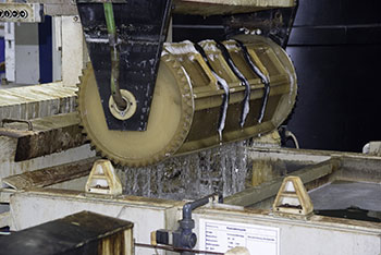 Zinktrommel  Galvanik Lohnbearbeiter Lohnbearbeitung Trommelverzinkung Trommelteile Trommelware Gestellteile Gestellware